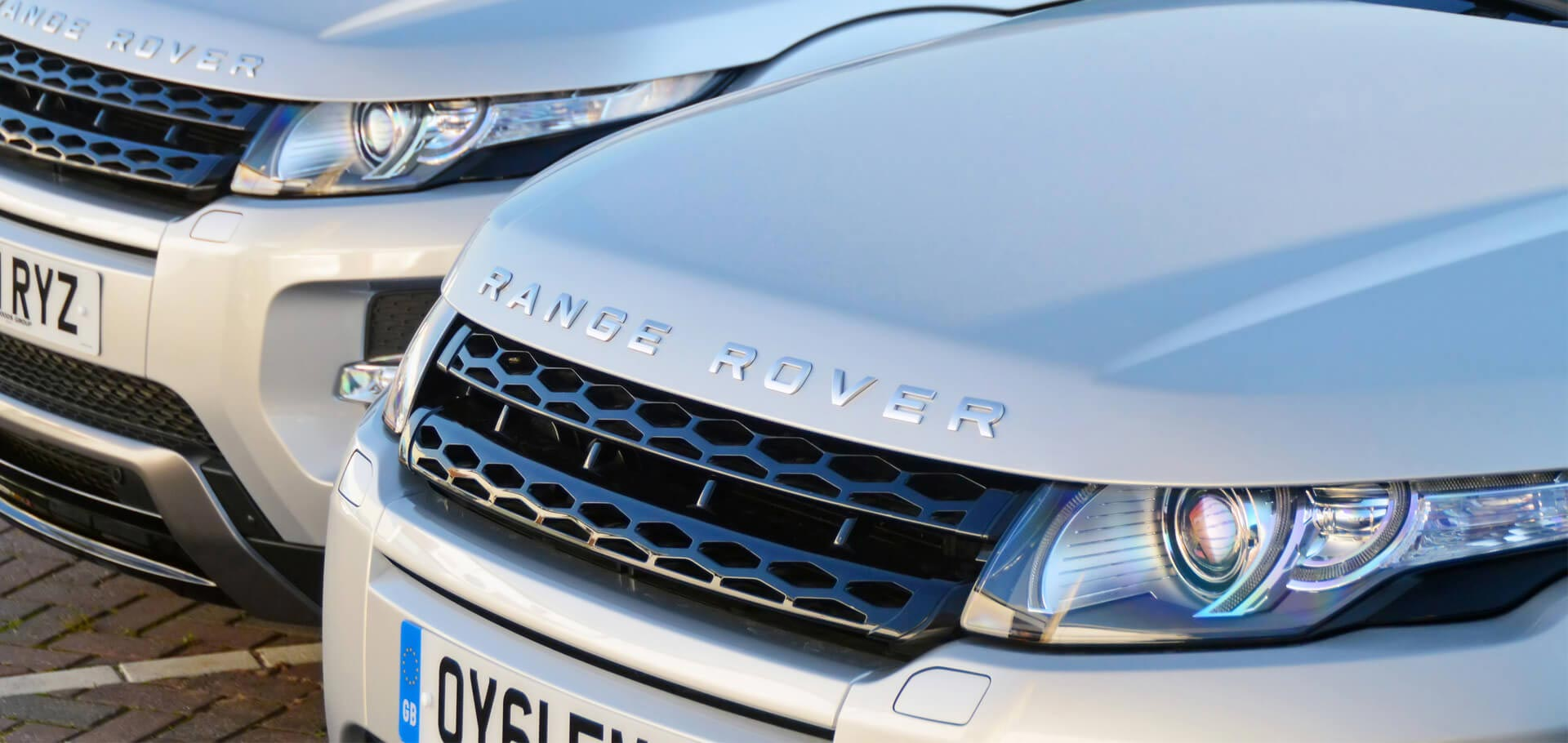 Silver Range Rovers